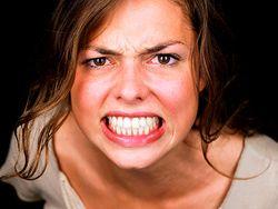 Эмоциональные женщины чаще полнеют