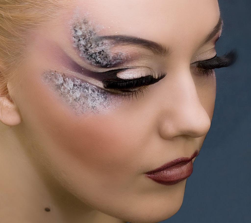 6 идей модного макияжа и прически