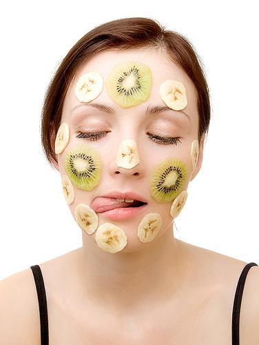 Лучшие домашние маски для молодости лица