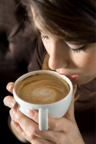 Кофе спасает женщин от депрессии — ученые