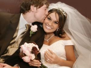 Какой смысл имеет свадьба для двух влюблённых