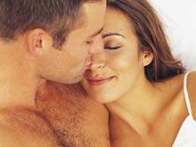 Контрацептивы заставляют женщин выбирать более верных мужчин