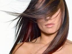 Ученые: сильнее всего волосы выпадают в октябре
