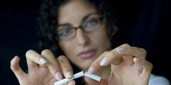 Курение может ускорять наступление менопаузы