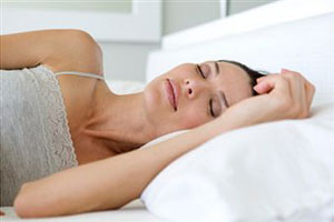Девушкам опасно спать в кроватях