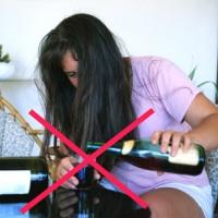 Почему девушкам нельзя наливать алкоголь