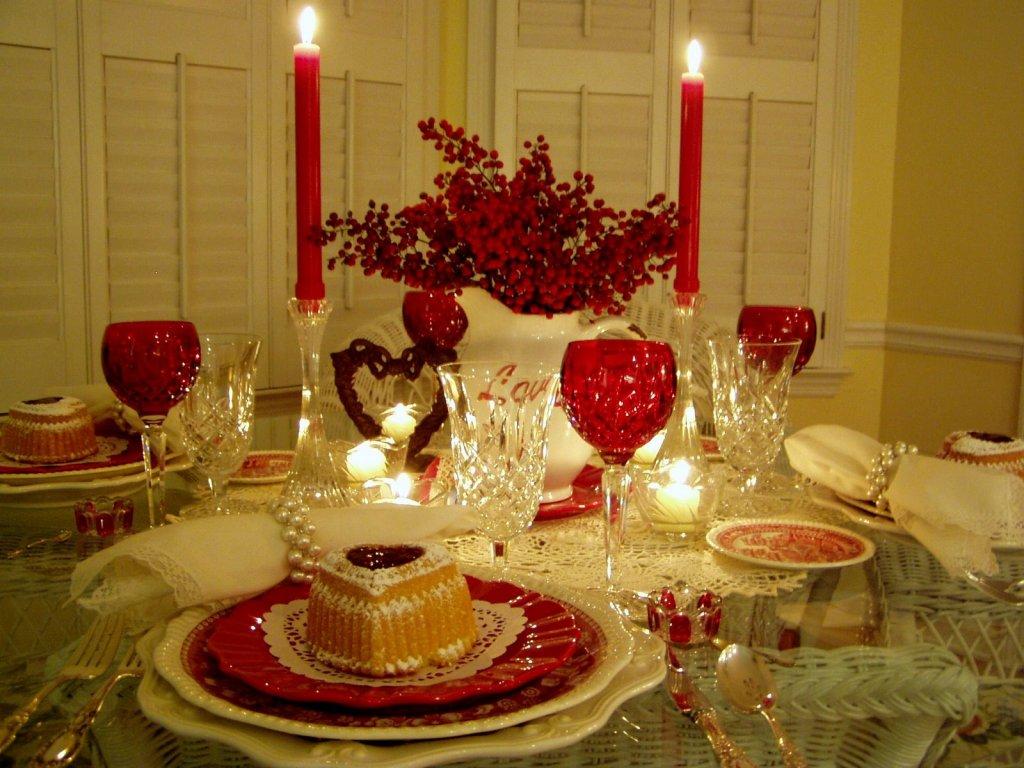 Как правильно организовать романтический ужин?