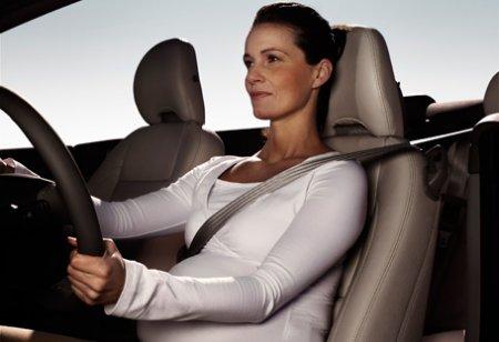 Можно ли беременной садиться за руль