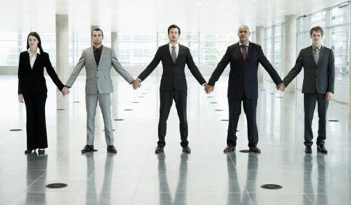 Как выжить женщине на работе в мужском коллективе?