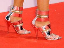 Высокие каблуки приводят к развитию плоскостопия