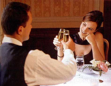 Как спланировать романтический ужин в ресторане для любимой
