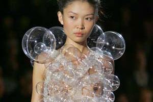 Будет ли востребовано платье из мыльных пузырей