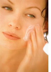 Lifting или Anti-age: как выбрать крем от морщин?