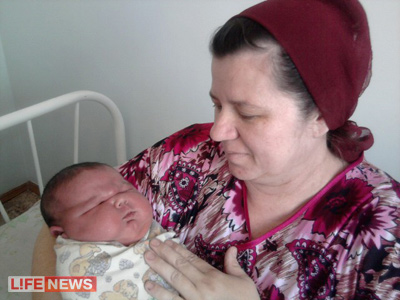 В сельской семье из города Славгорода родился младенец весом более семи килограммов и ростом 61 сантиметр