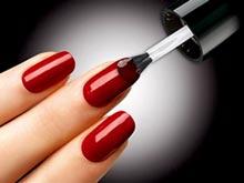 В лаках для ногтей обнаружены запрещенные соединения