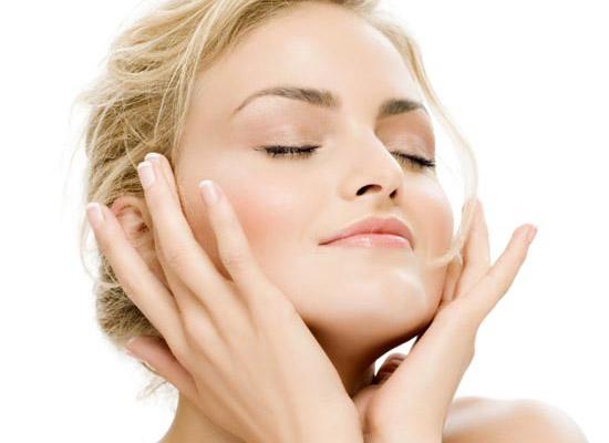 Что нужно для избавления от жирного блеска кожи?