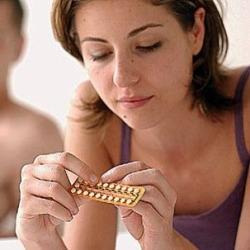 Гормональные контрацептивы повышают риск заражения ВИЧ