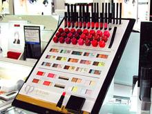Пробники в косметических магазинах скрывают в себе полчища бактерий