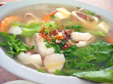 Диета: польза лукового супа
