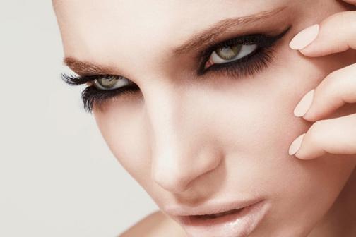 Безукоризненный макияж:  5 шагов к шикарным ресницам
