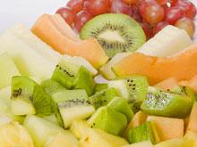 Диетологи: фрукты и квас не столь полезны, как принято считать