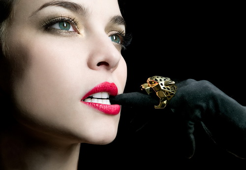 Ювелирные украшения оказывают положительное влияние на здоровье женщины