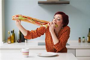 Компульсивное переедание: как избавиться от жевательной привычки