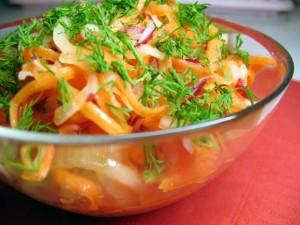 Как выбирать овощи для низкалорийного салата?