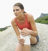 Повреждения колена у женщин могут быть связаны с фазой менструального цикла