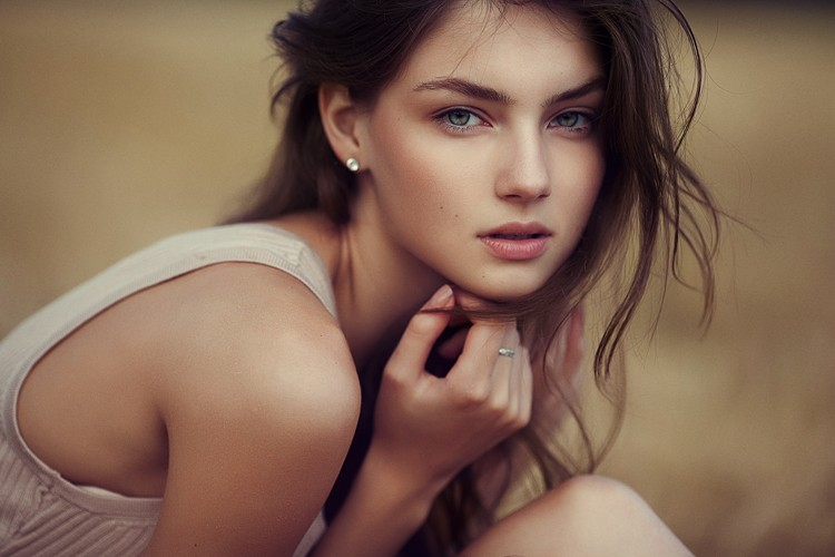Как женщине преодолеть стеснительность?