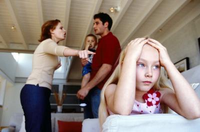В неблагополучных семьях у девочек повышается тревожность