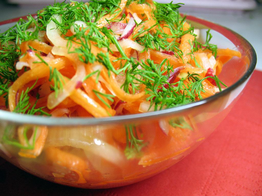 Чтобы похудеть, нужно есть «правильный» салат