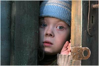Особая поддержка нужна малышам надеявшимся найти родителей в США — мнение психолога