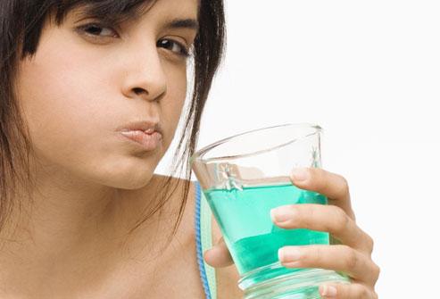 В ополаскивателях для рта обнаружены противораковые свойства