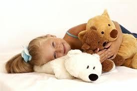 Как выбрать безопасную мягкую игрушку для малыша?