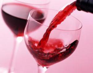 Красное вино станет основой лекарств от диабета и болезни Альцгеймера