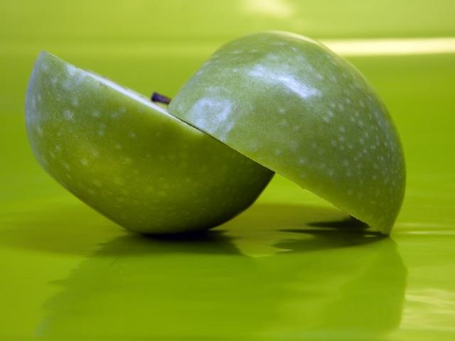 Диабету противостоят обычные яблоки