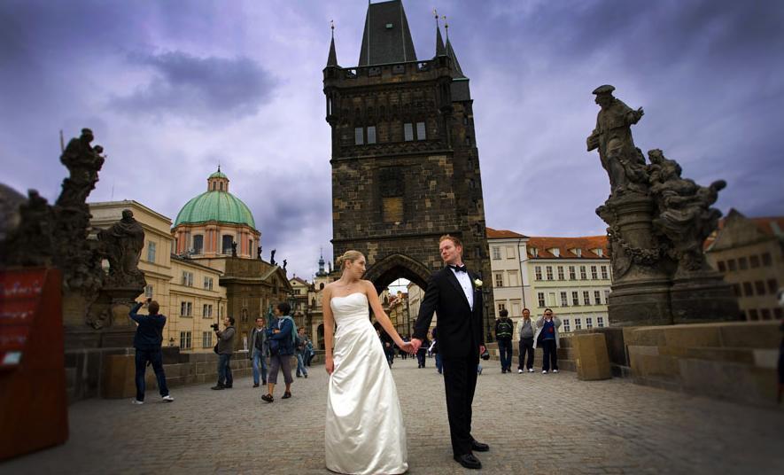 Как устроить незабываемую свадьбу в Чехии?