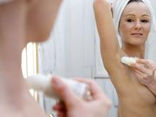 Женщины верят в самые невообразимые мифы о раке, отмечают онкологи