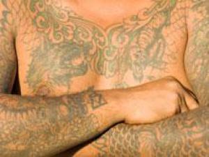 Татуировки повышают вероятность появления рака кожи