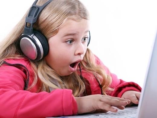 Разрешать или нет пользоваться интернетом детям?