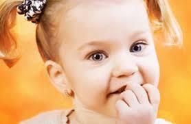 Почему дети любят грызть ногти
