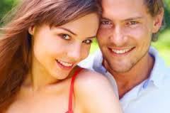 Мужчины способны задержать развитие менопаузы у женщин