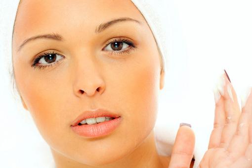 Предотвращение морщин на лице и шее