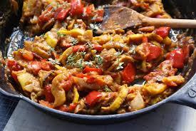 Рататуй — классическое блюдо, которое можно отнести к вегетарианскому меню