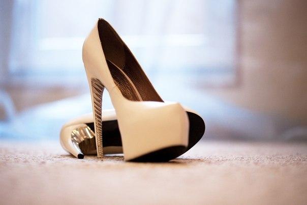 Чем грозят высокие каблуки