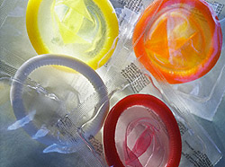 Вероятность заразиться через презерватив ВИЧ и другими инфекциями