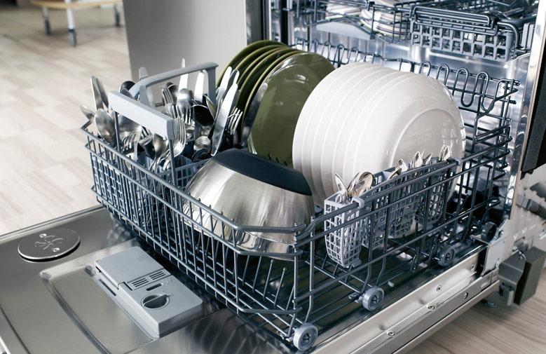 Сохраняем красоту и молодость рук. Как выбрать посудомоечную машину?