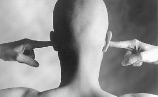 Злоупотребление болеутоляющими приводит к потере слуха