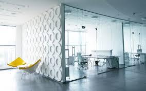 Офисные перегородки – незаменимый атрибут рабочего пространства